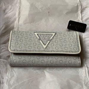 🤍GUESS Wallet